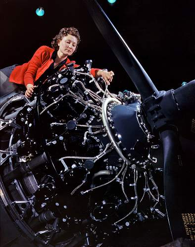 Women Aviation War Workers ~ Amazing Colour Web Photos