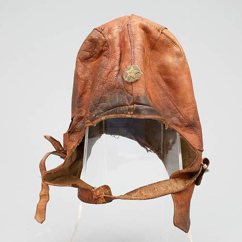 "Japanese flyers leather ""helmet""?"