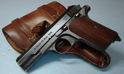 Click image for larger version.  Name:Femaru Mod.37 pistol and Luft marked holster.jpg Views:601 Size:153.8 KB ID:72356