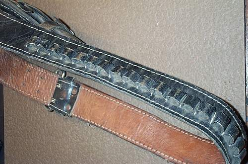 Click image for larger version.  Name:Cheap Charlie Holster 002.jpg Views:164 Size:96.0 KB ID:79278