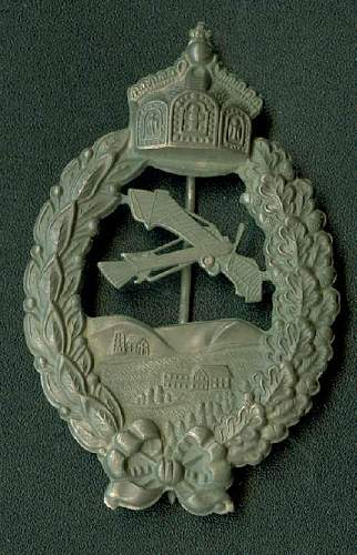 Click image for larger version.  Name:Fake Meybauer Cutout Pilot Badge Obv.JPG Views:356 Size:67.6 KB ID:80884