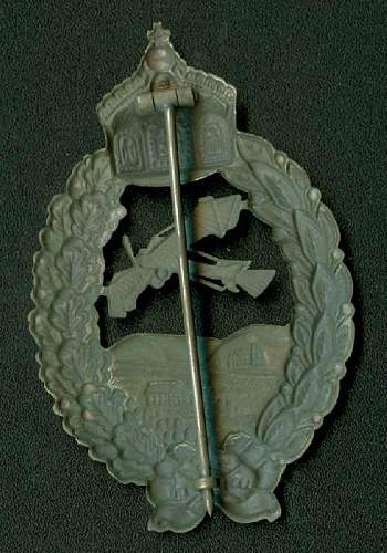 Click image for larger version.  Name:Fake Meybauer Cutout Pilot Badge Rev.JPG Views:221 Size:55.0 KB ID:80885