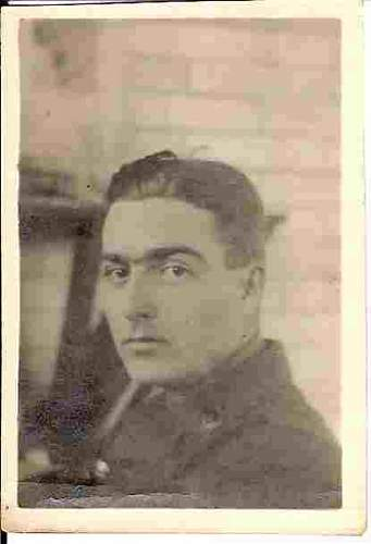 Click image for larger version.  Name:Tommy in England Spring 1918.jpg Views:217 Size:59.6 KB ID:86101
