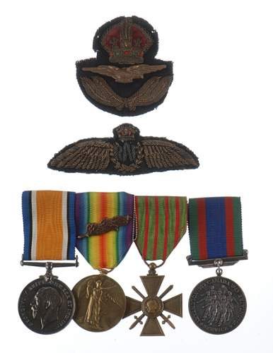 AGM: British WWI RAF No. 41 Squadron Pilot's Medals and Insignia Group