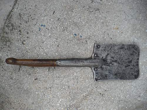 Need help on this entrenching tool