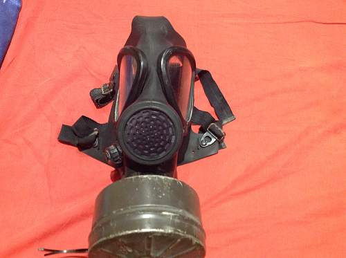 Gas mask, unsure on it?