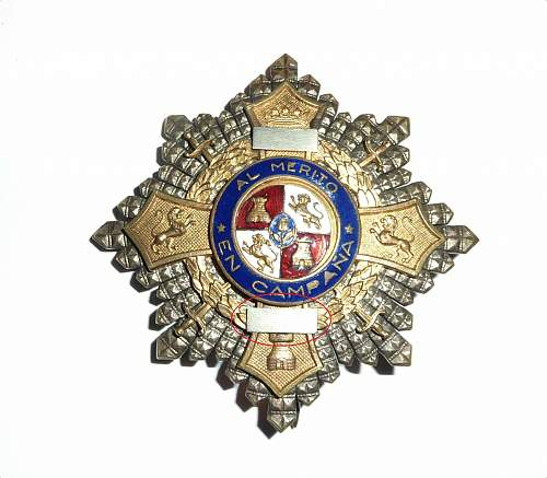 Checking the authenticity of a Spanish War Cross