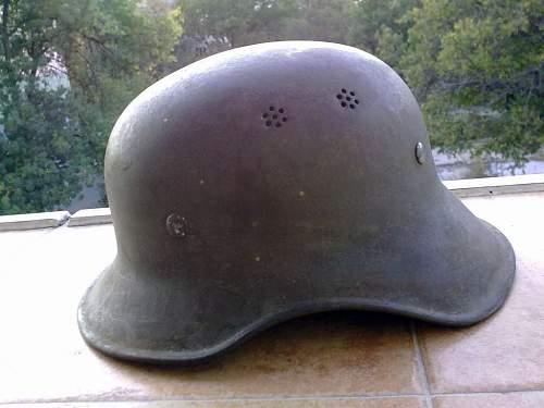 Bulgarian Luftschutz helmet