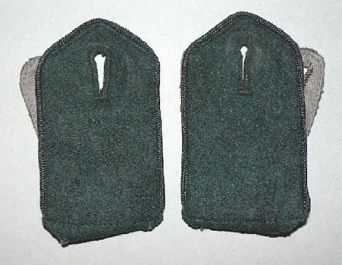 Click image for larger version.  Name:schouderstukk zwarte waffenfarbe.jpg Views:118 Size:76.9 KB ID:571085