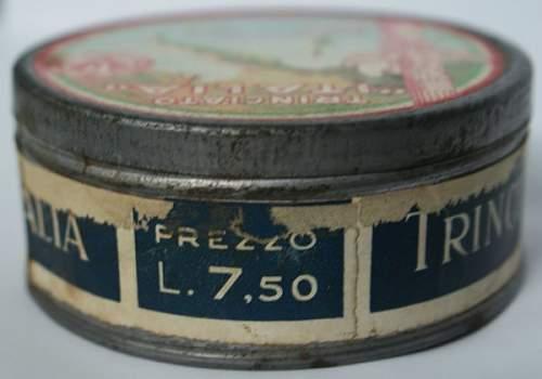 Italian Fascist era Tobacco Tin with Contents !