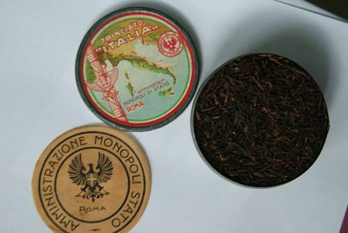 Click image for larger version.  Name:tobacco_tin_042.jpg Views:34 Size:39.1 KB ID:575784