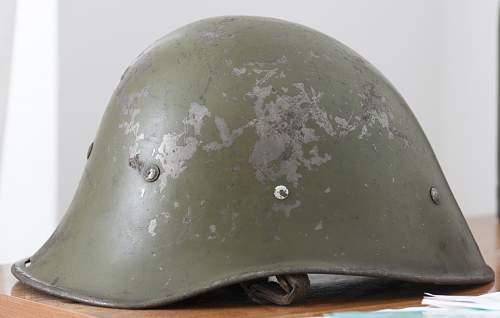 Romanian helmet (Dutch model with German liner)
