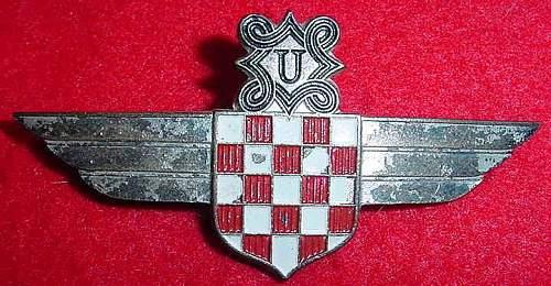 Croatian Pilot's Badge - is it real?