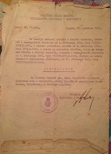 "Ustasha document signed by a ""minister"""