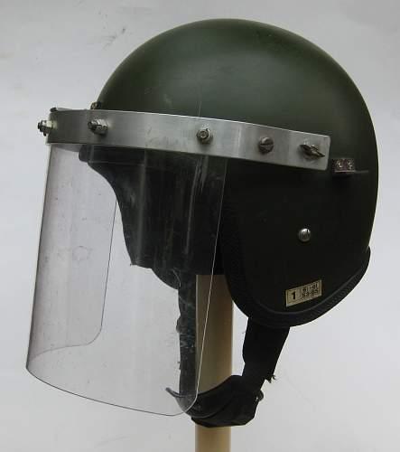 "Helmet attachments / ""bolt-ons"""