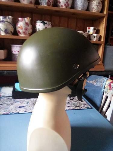 Para helmet