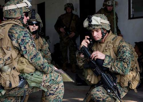 Click image for larger version.  Name:USMC_Philippines_Exercise.jpg Views:85 Size:87.1 KB ID:352044