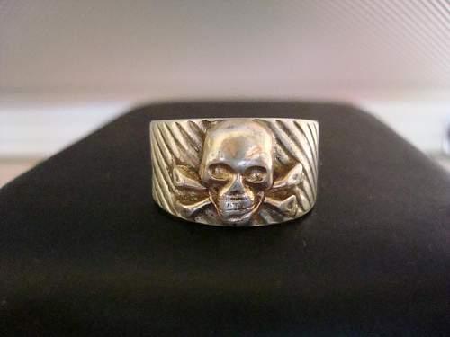 skull ring.JPG