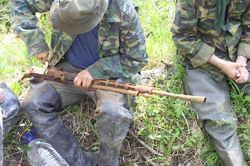 Click image for larger version.  Name:russian machine gun.jpg Views:31 Size:271.3 KB ID:140943