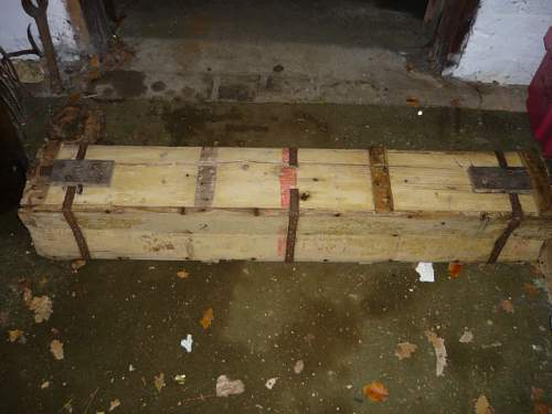 ww2 crates 001.JPG