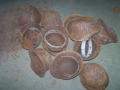 250 pcs german steel helmets was found in Estonia