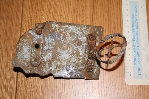 WW2 airbase find - Possible gun sight?