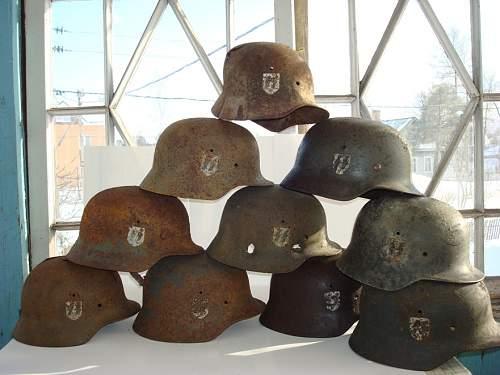 all ss helmets 1.JPG