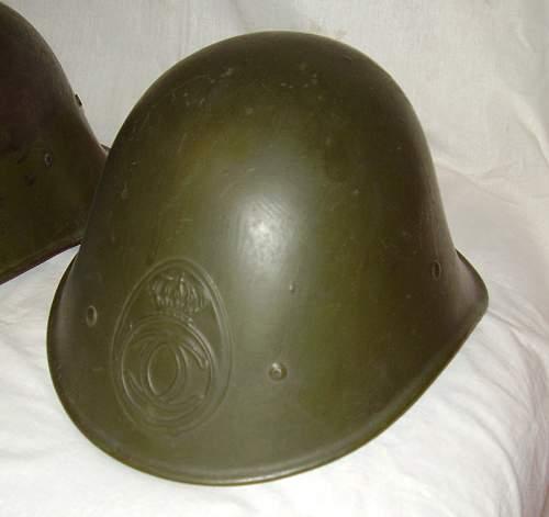 Romanian helmet WWII.jpg