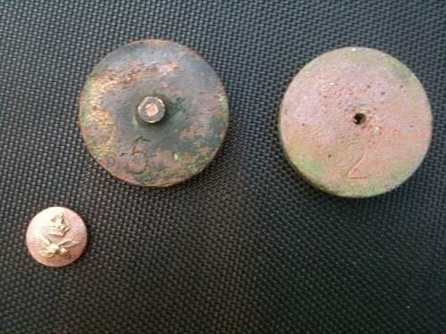 Metal Detecting Rally turns into unexpected WW2 Dump Dig!!!