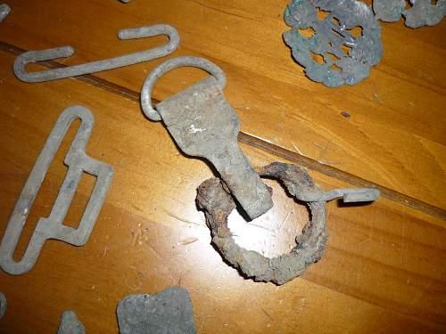 buckles 003.jpg