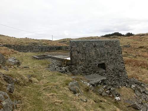 Digging trip to German Coastal Defense Battery