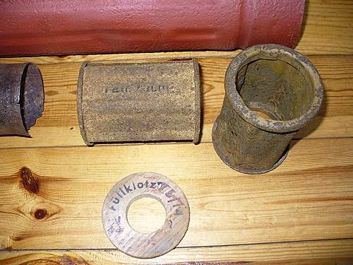 Objects found in WWII trenches, need identification