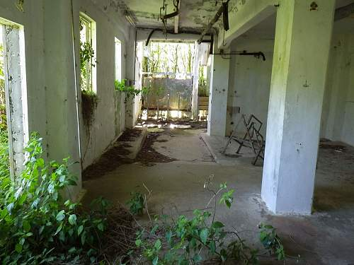 Click image for larger version.  Name:tinianbunker07.jpg Views:4 Size:146.4 KB ID:477983