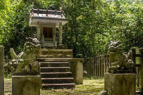 Click image for larger version.  Name:shrineguards1LG.jpg Views:5 Size:232.3 KB ID:478021