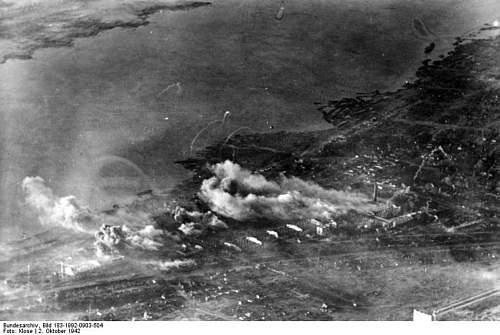 Click image for larger version.  Name:Bundesarchiv Stalingrad консервный (.jpg Views:9 Size:102.5 KB ID:484031