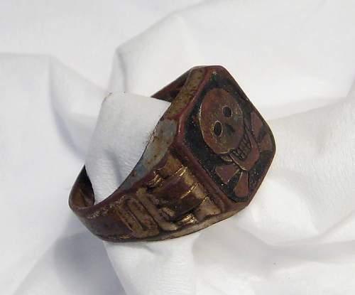 West Wall TotenKopf Ring