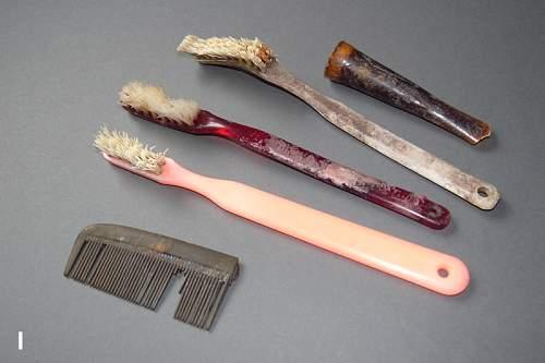 -i-tooth-brushes-wrf800.jpg
