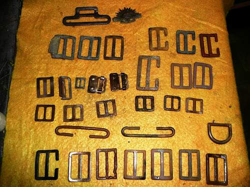 Click image for larger version.  Name:Fossick  webbing buckle collection  (3) (Large).jpg Views:5 Size:218.7 KB ID:529044