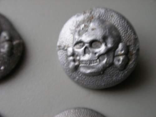 Ss-vt em/nco's overseas cap totenkopf button