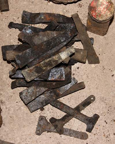 British army dump - Feb 2014 - AWESOME BESA find !!!
