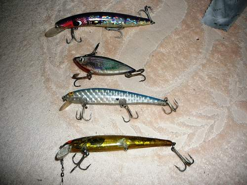Click image for larger version.  Name:MD  Fishing gear  (3) (Medium).JPG Views:1 Size:251.3 KB ID:667661