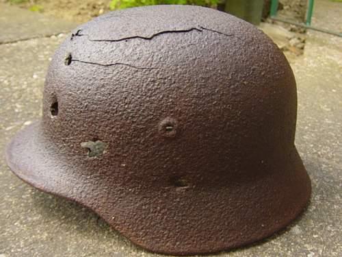 Relic M40 helmet from Austria. 002.jpg