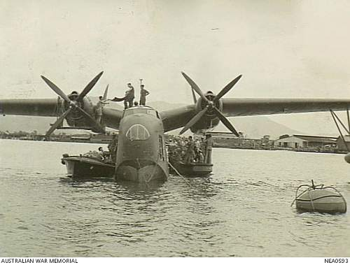 Click image for larger version.  Name:NEA0593 Cairns Qld 1944 09 27 Martin PBM Mariner flying boat aircraft of No 41 (Transport Sea) S.jpg Views:0 Size:186.9 KB ID:710084