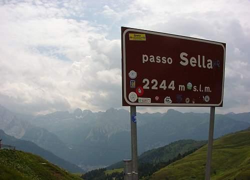 Dolomites08.jpg