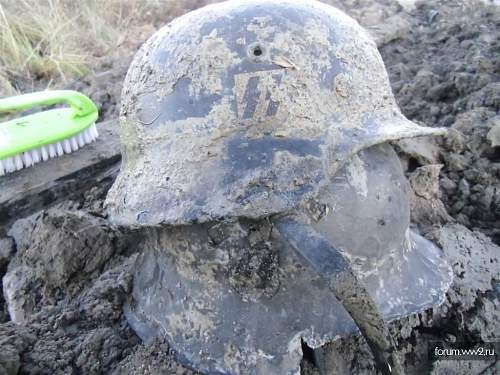 SS helmet2.jpg