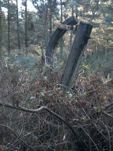 fuel_bunker_fence.jpg
