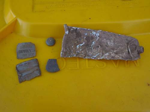 Click image for larger version.  Name:Fossick#189 .380 hoard  May 10  (17).JPG Views:1 Size:92.7 KB ID:837634