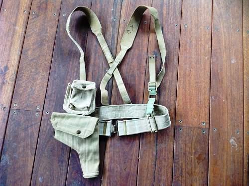 Click image for larger version.  Name:Officer's webbing brace kit.JPG Views:1 Size:240.6 KB ID:858377