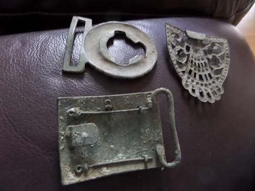 British Officers belt buckle dug up help needed