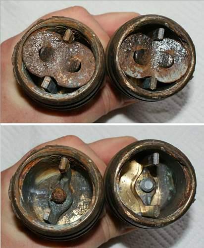 bomb pistols 2.JPG
